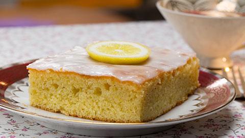 Zitronenkuchen Rezept Und Tipps Essen Und Trinken